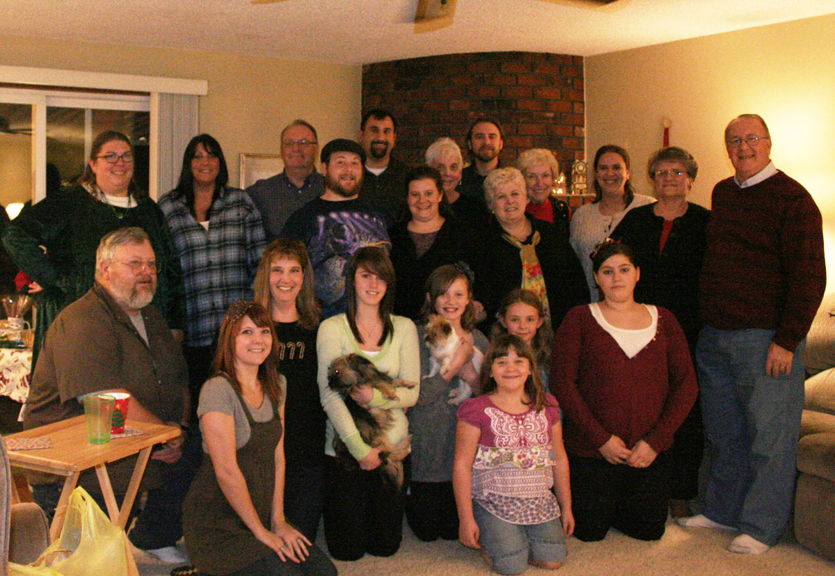 The Ritchie clan (i hope it makes sense): Terry, Julie, Chuck, Joel, Mark, George, Molly, Judy, Stephanie, Donna, Amy, Betty, Bill, Tim, Melissa, Jodi, Hailey & Mo, Claire & Rudy, Gracie, Veda, Kayla