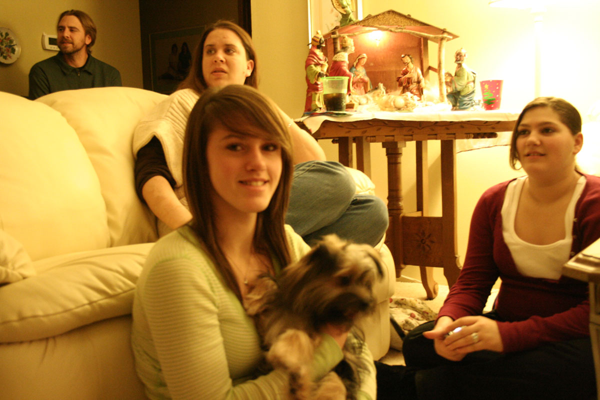 sister Amy, cousin Hailey holding Mo, cousin Kayla