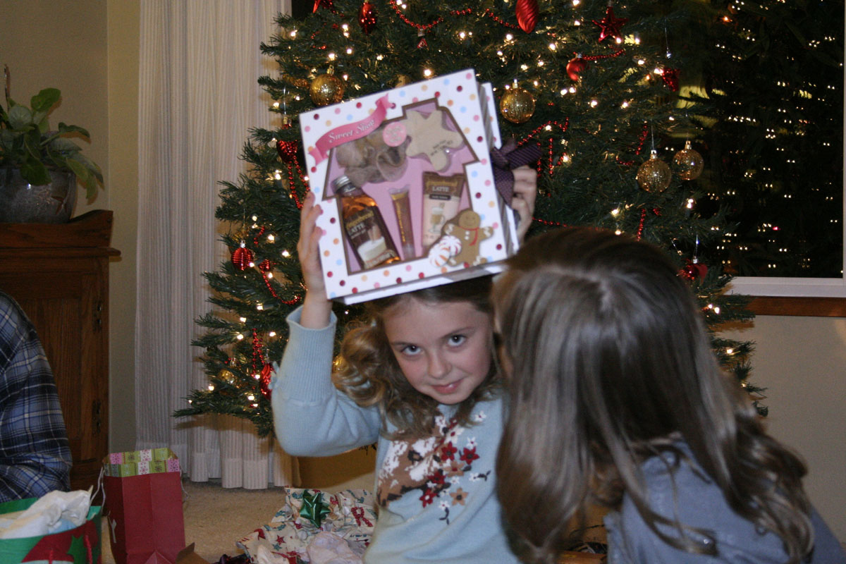 Then it was finally time for the girls to open their gifts...
